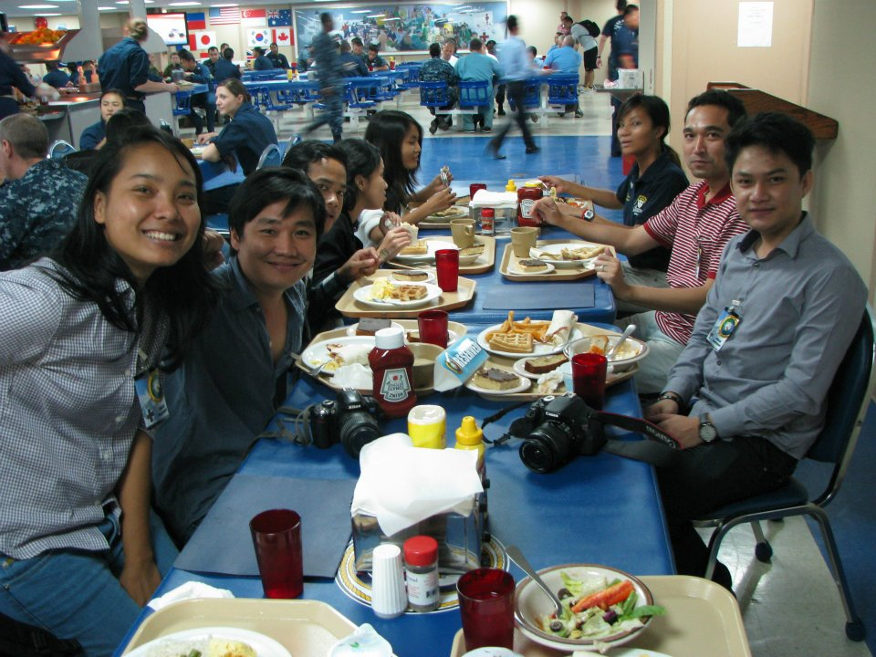 usns lunch together